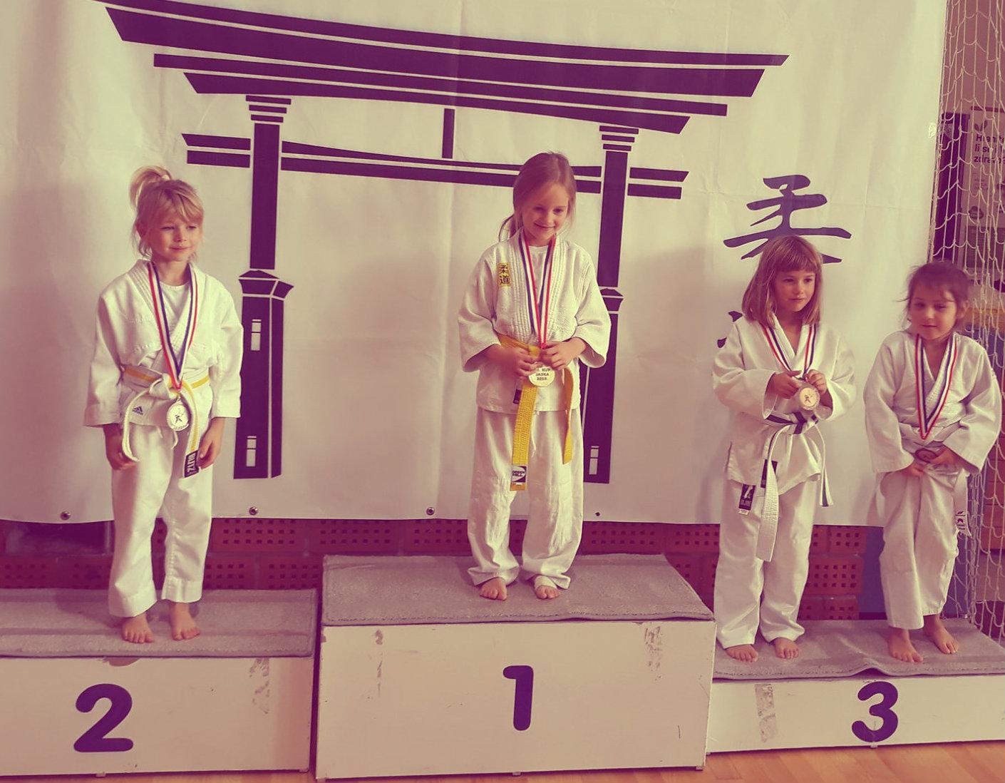 judoistka judo kluba bela krajina,Maruša Matjašič osvoji 3. mesto