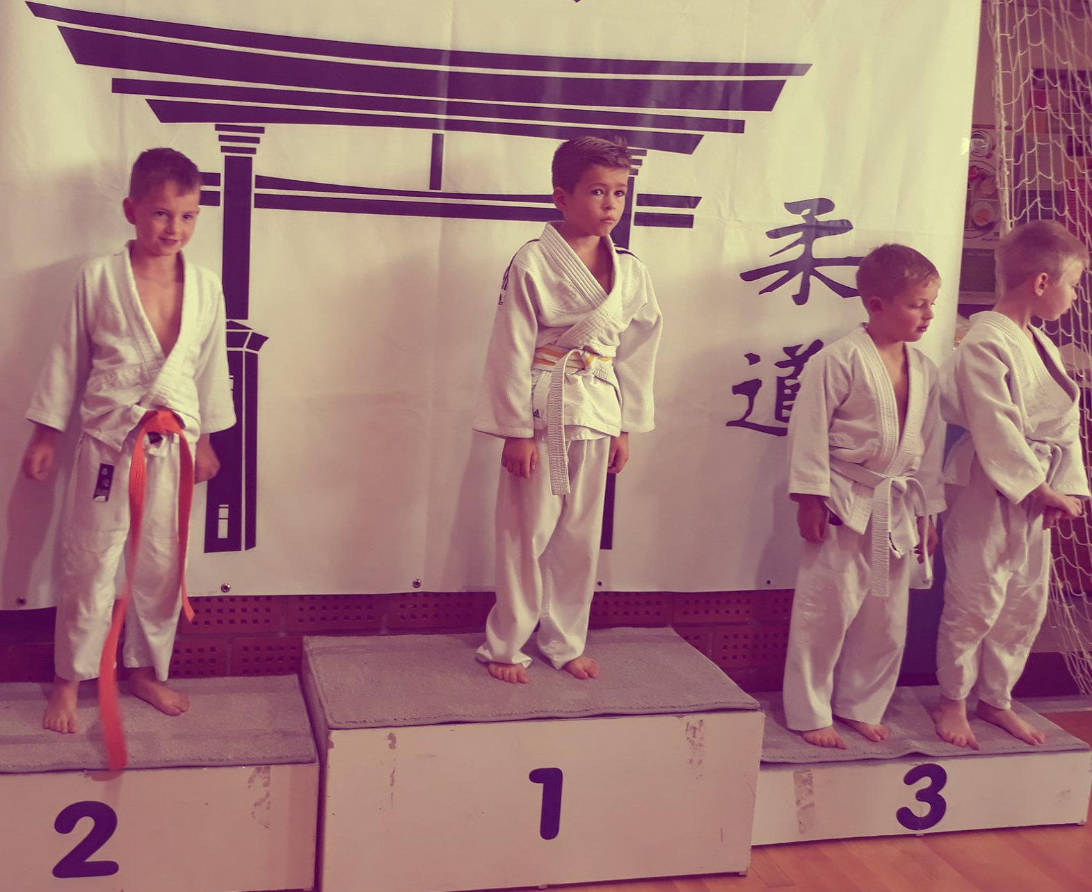 judoist judo kluba bela krajina, Miha Škof, osvoji 2. mesto